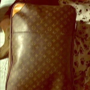 Louis Vuitton PEGASE 50 DISCONTINUED (rare)